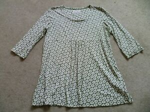 Seasalt Size 18 Trevilley tunic top 100% Organic Cotton, Green Floral Pattern.