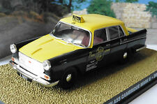 DIORAMA AUSTIN A55 CAMBRIDGE MARK II DR NO JAMES BOND 007 UNIVERSAL HOBBIES 1/43