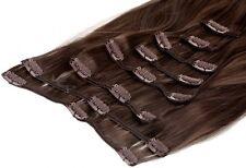Glatte Haarverlängerungen mit Clip-in und Mittelbraun