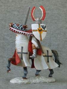 Teutonic Master on horseback. Souvenir painting tin soldiers. SCALE: 1/32 54 mm