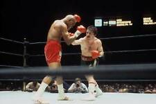 Old Boxing Photo Vito Antuofermo Throws A Punch Against Bennie Briscoe 1