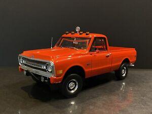 1969 Chevrolet C-10 4x4 Red 1/18