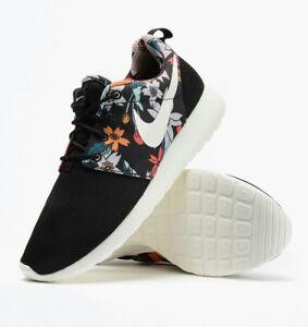 Nike Womens Roshe run PrintAloha Pack Trainers 599432 090 UK 7; 9