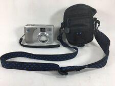 HP PhotoSmart 735 3.2MP Digital Camera W/Zoom & Color Screen Samsonite bag incl.