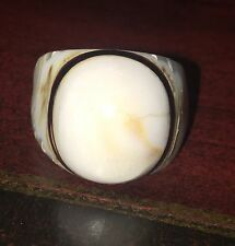 Vintage Shell 1 Piece Carved Mens Ring sz 8