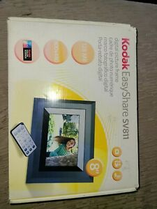 "Kodak EasyShare SV811 8"" Digital Picture Frame with remote"