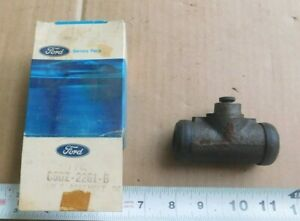 NOS REAR BRAKE CYLINDER FOR 1965 FORD FALCON & MUSTANG FITS BOTH SIDES NEW 65