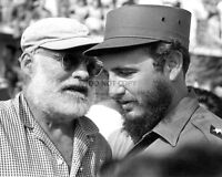 ERNEST HEMINGWAY WITH FIDEL CASTRO - 8X10 PHOTO (DA-209)
