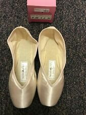 Russian Pointe BRIO shoe