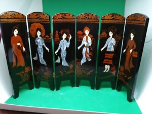Lacquered Chinese 6 Panel Hinged Screen - Beautiful Oriental Art. Double sided