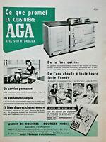 PUBLICITÉ DE PRESSE 1956 AGA LA CUISINIÈRE AVEC SON HYDROLUX - ADVERTISING
