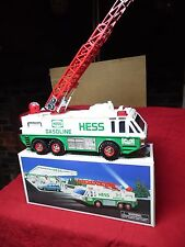 1996 HESS EMERGENCY TRUCK~~NEW IN BOX~~~BATTERY TESTED    ~~LADDER  <LOOK>