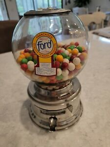 Vintage Ford Gumball Machine, 10 Cents, no lock or key but works