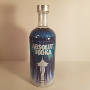 R@RE Absolut Vodka Space Needle SEATTLE WA bottle Collectors Edition Limited ed.