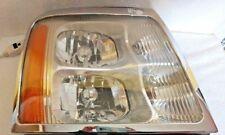 Cadillac Escalade Headlight GM OEM right GM 15044522