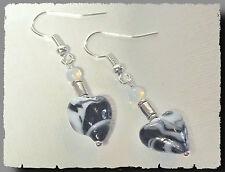 BOUCLES OREILLES Coeur Noir et Blanc perles de Verre black and white earring