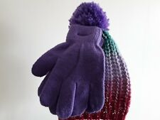 Girls hat and gloves set size S/M. New with tags