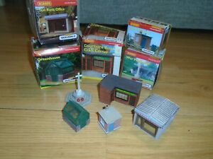 Collection of Skaledale Resin Scenics / Small Buildings for Hornby OO Gauge Sets