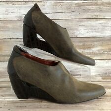 Donald J Pliner Couture Italy 7M Fab Brown Distressed Ankle Booties Wedge Heel