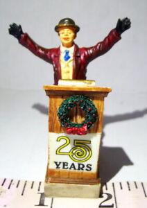 Lemax Christmas Village City Mayor 25 Years Celebration Podium Figurine