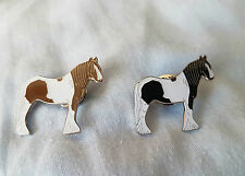 Piebald coloured cob horse pin badge pony
