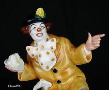 "Royal Doulton - ""The Clown""  (hn2890) figurine - Mint condition"