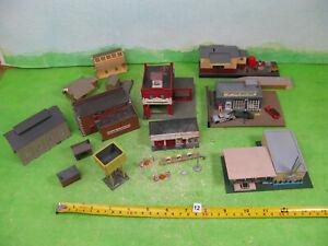 vintage bachmann / pola etc buildings n gauge model railway mixed lot n12