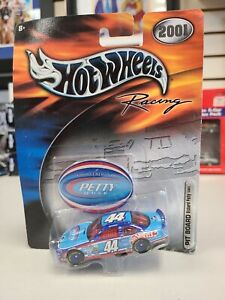 2001 NASCAR Hot Wheels Racing Richard Petty Buckshot 44 Pit Board Car Brand New