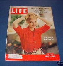 LIFE MAGAZINE APRIL 22 1957 CAROL LYNLEY BRONX ZOO CROWN VS DR. ADAMS BADMINTON