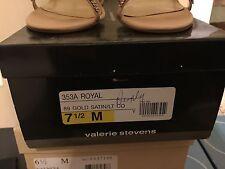 Preowned  Womens 7.5 M Valerie Stevens Gold Satin Open Toe Heels Shoes