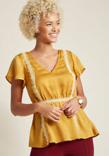 New Modcloth Peplum Top Blouse Sz S Mustard Yellow with Needlepoint Appliques