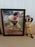 Warren Spahn Heartland Statue  & Autographed Picture Milwaukee Braves (1950's)