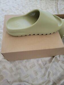 Adidas yeezy slides size 8