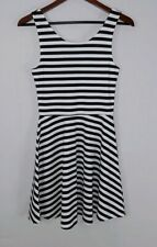 Divided women's size 6 black white stripes sleeveless stretch fit & flare dress
