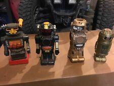 Vintage Toy Robots (4)