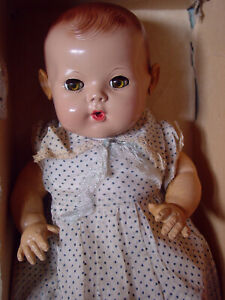 EFFANBEE VINTAGE RUBBER NMIB 1940'S DY-DEE BABY DOLL WITH EXTRAS!