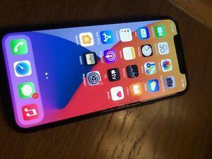 Apple iPhone 11 Pro - 64Go - Gris sidéral (Désimlocké) A2215 HS pour piéces