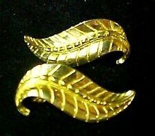 Sarah Coventry Leaf Earrings Clip Back Smart Set Gold Plated Vintage Costume