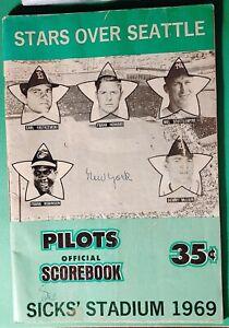 Vintage 1969 Stars Over Seattle Pilots Scorebook vs Yankees - Green Version