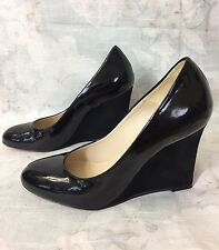 "CHARLES DAVID black Patent Leather Round Toe w/Suede wedge 3.5""h pumps sz 5.5 B"