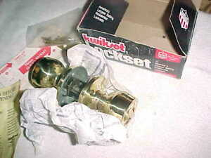 KWIKSET LOCKSET  400G GRECIAN     -    MINT in BOX