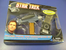 Star Trek Tos Phaser Pistol & Communicator Set Mib Nib