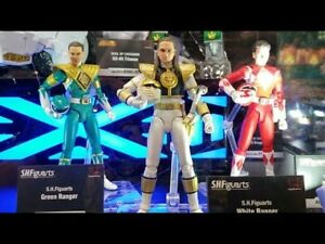 SDCC 2018 S.H. Figuarts Helmetless MMPR Green & Red Rangers and White Ranger