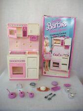 Mobilier pour maison barbie : cuisine élégance vintage 1987
