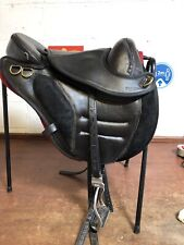 "17"" Torison Treeless Endurance Saddle Black With Leathers And Stirrups Vgc"