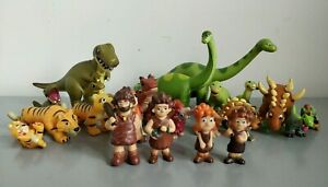 Deagostini Dinosaur & Friends - Prehistoric Animals & Caveman Figure Bundle