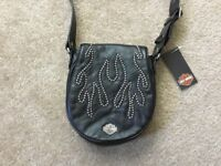Harley Davidson Women's leather flame Shoulder Bag Nwt
