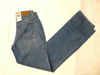 NWT WOMENS LEVIS BOLD CURVE STRAIGHT JEANS $58 MEDIUM BLUE 04310-0003