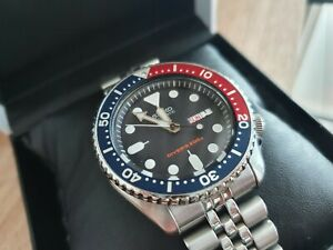 Seiko SKX009J1 Men's Automatic Diver's Watch