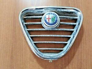 stemma / calandra / scudo / mascherina ALFA ROMEO (anni '80? Alfetta?)
